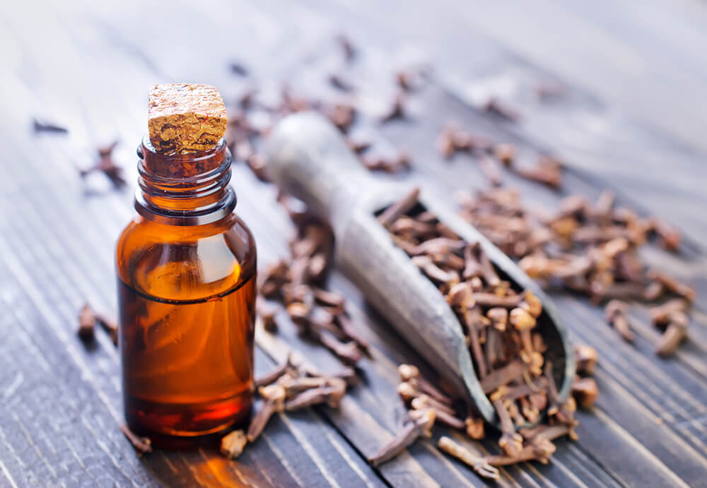 Clove oil for wisdom tooth